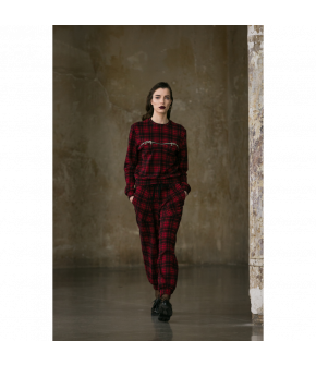 Eat My Feelings Sweatpants tartan in red and black by Lena Hoschek - AW21/22 autumn/winter collection - Biedermeier