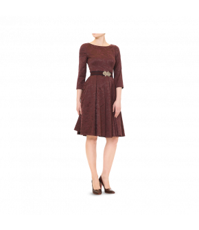 A Lena Hoschek classic! 50s-style dress with a fitted waist and ¾-length sleeves. The wide skirt has pleats and concealed side pockets. The matching fabric covered belt is included. Fastens with a zip at the back.