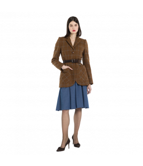 Long-length fitted wool blazer with large patch pockets on the front, button fastening and buttoned sleeve cuffs. The Harris tweed fabric in a warm brown shade has a contrasting light blue check. The belt is available separately (from DUKES Finest Artisan