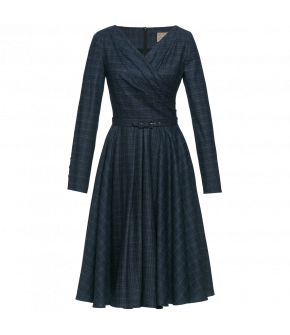 Elegant dark blue dress with long sleeves and a full, flared skirt. The top is fitted with a wrap-over effect. Made of a light, crinkle-resistant wool-mix fabric with a subtle check pattern and a matching fabric-covered waist belt.