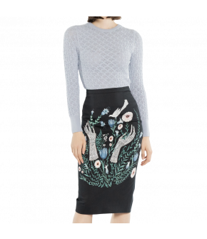 This pencil skirt with fitted waist catches attention with its figure-hugging fit and exclusive print from Lena Hoschek. The knee-length skirt closes with a zipper in the back. A kick pleat at the back allows for freedom of movement.