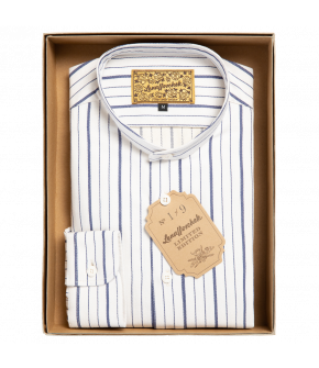 Men's shirt from Lena Hoschek with broad and narrow blue stripes. Features a stand-up collar with button closure