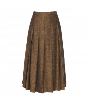 A-line pleated midi-skirt. This elegant skirt in a warm spiced shade fastens at the side with a zip and a button at the waistband. Fully lined.