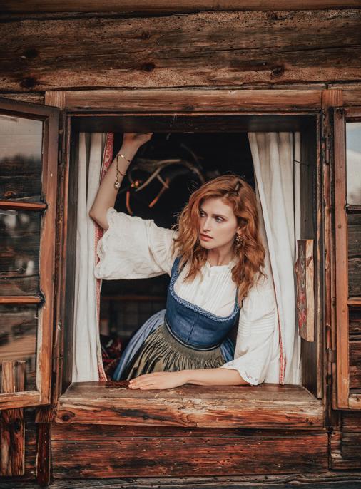 Katalog - Lena Hoschek - AW19/20 - Tradition - Bild -13