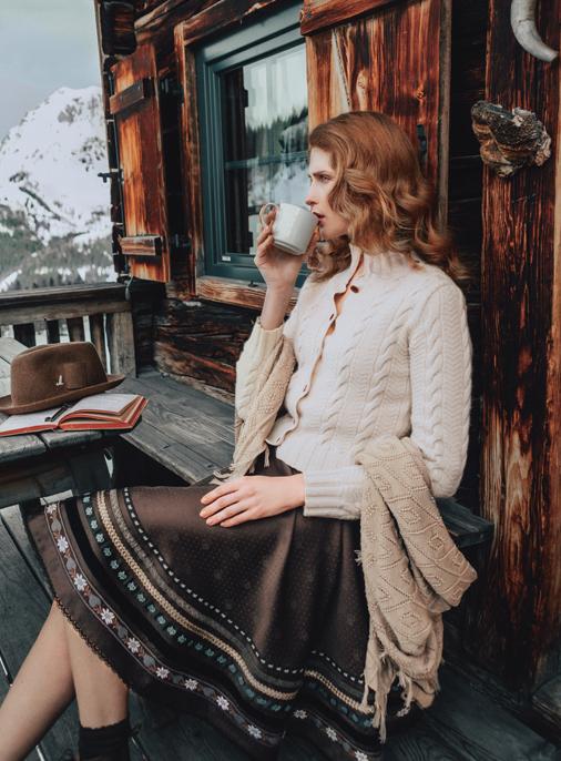 Katalog - Lena Hoschek - AW19/20 - Tradition - Bild -15
