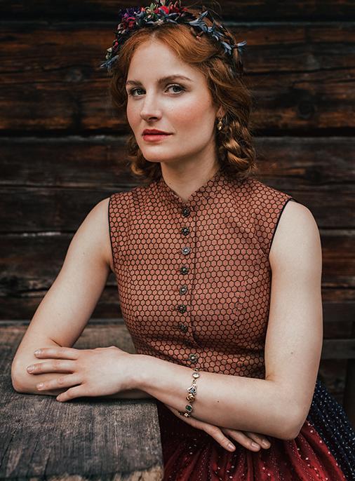 Katalog - Lena Hoschek - AW18/19 - Tradition - Bild -22