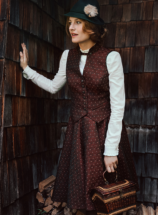 Katalog - Lena Hoschek - AW18/19 - Tradition - Bild -23