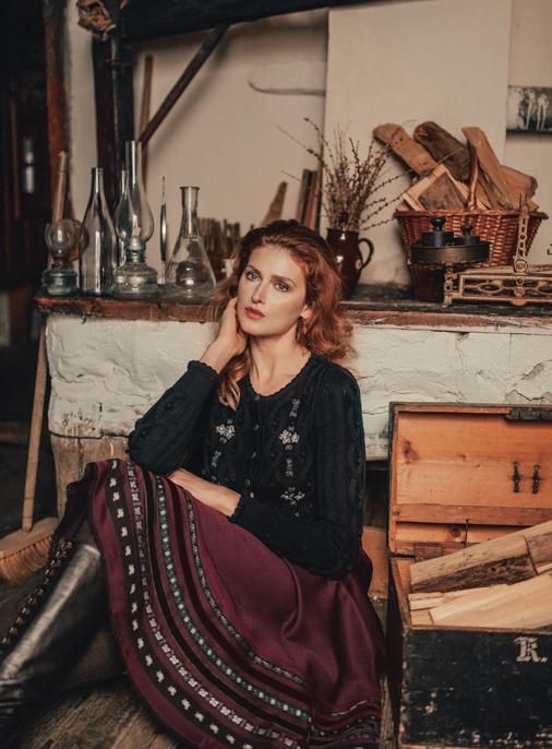 Katalog - Lena Hoschek - AW19/20 - Tradition - Bild -25