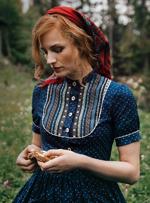 Katalog - Lena Hoschek - AW18/19 - Tradition - Bild -30