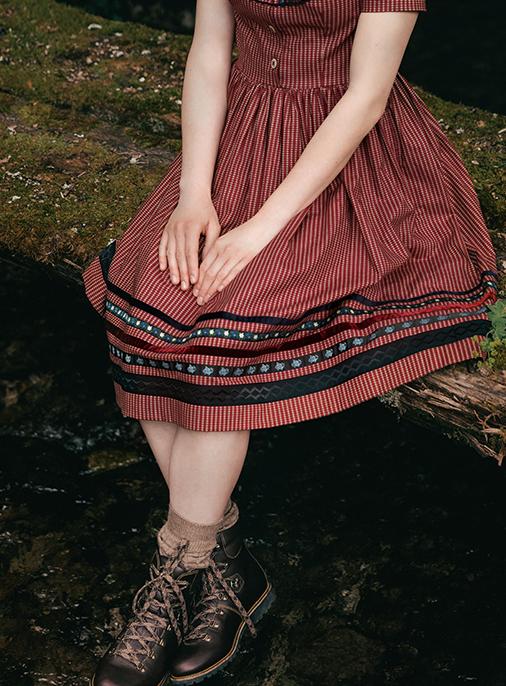 Katalog - Lena Hoschek - AW18/19 - Tradition - Bild -32