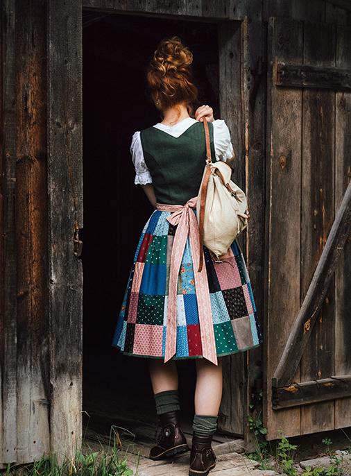 Katalog - Lena Hoschek - AW18/19 - Tradition - Bild -34