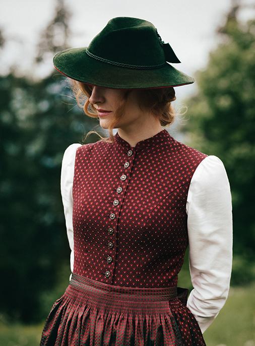 Katalog - Lena Hoschek - AW18/19 - Tradition - Bild -7